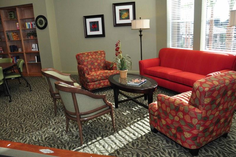 The Magnolia at Highland Senior Apartments sitting room
